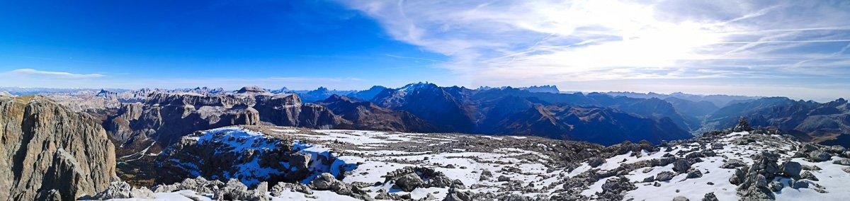 Punta Grohmann – via Dimai: Dalla piatta cima di Punta Grohmann si gode di un panorama incredibile